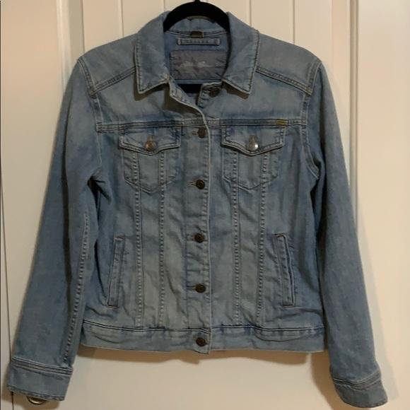Eddie Bauer Jackets & Blazers - Women's. Denim jacket. Eddie Bauer. Medium